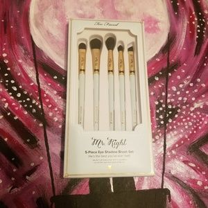 Too Faced Mr. Right Eyeshadow Brush Set